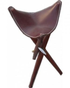 Трикрако столче 65 см височина